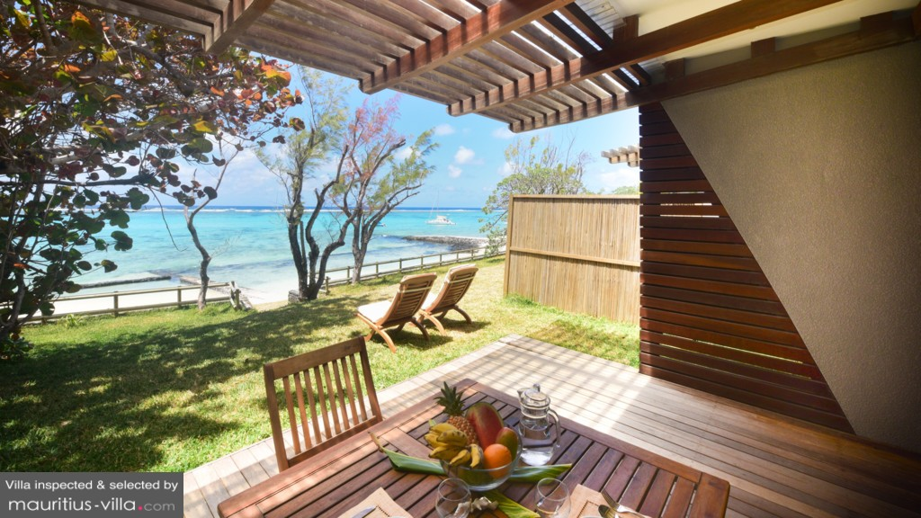 Eolia Beachfront Villa