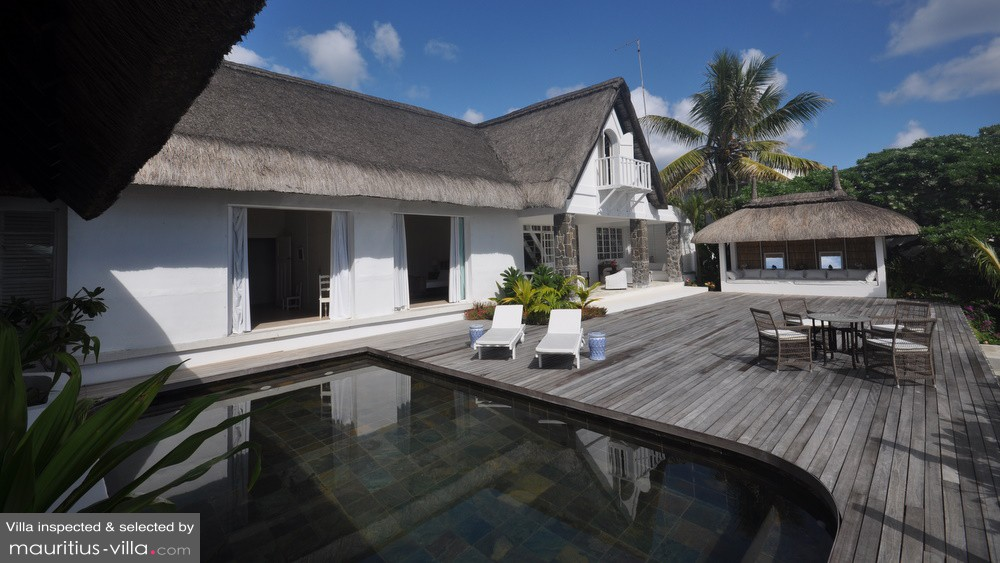 villa la maison coloniale in pointe aux canonniers mauritius 4 bedrooms. Black Bedroom Furniture Sets. Home Design Ideas